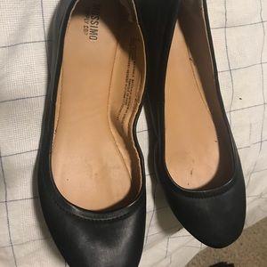 Black flats Size 8 mossimo
